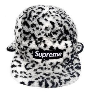 f234cf85a0c Supreme Leopard Polar Fleece Earflap White M L